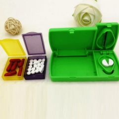 Pill Organizer with Cutter